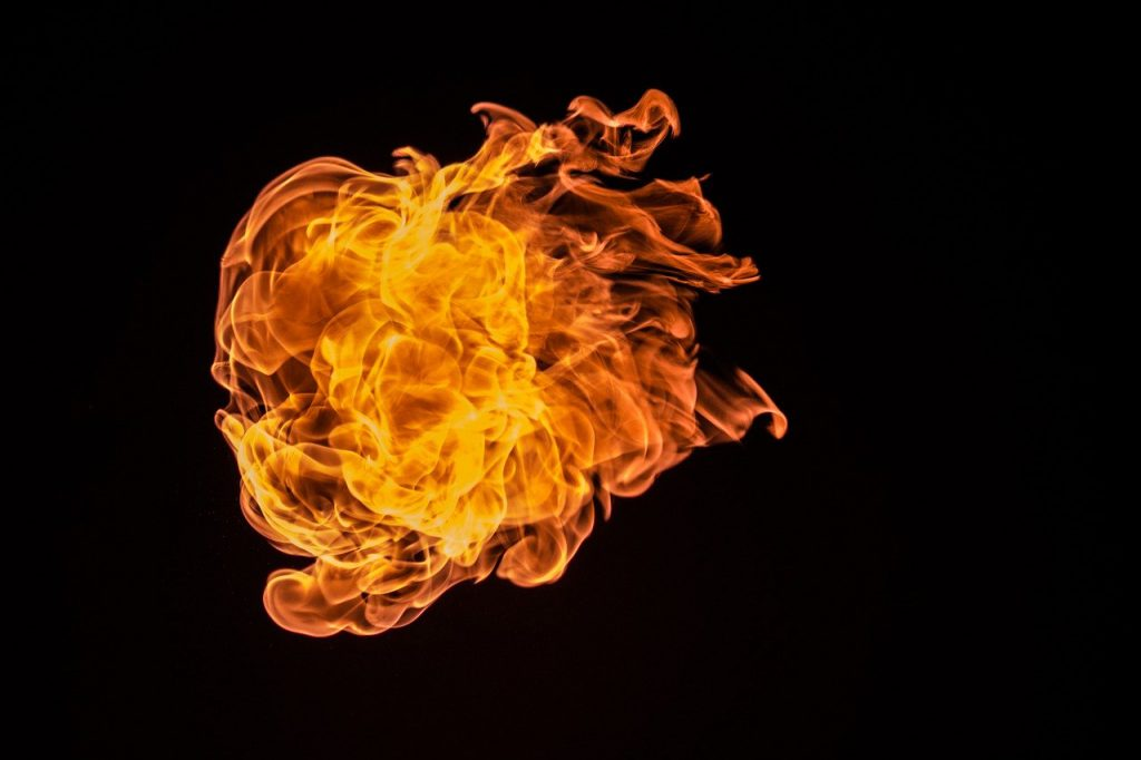 保管するときには火事や故障に注意